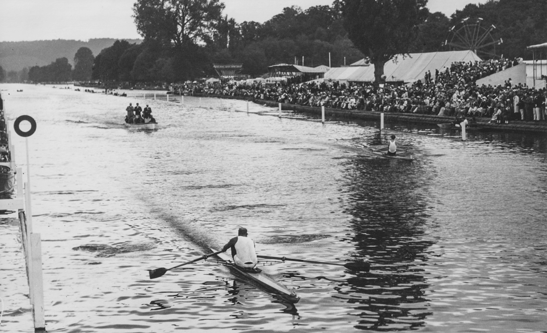 Harrods single sculler David Thomas at Henley Royal Regatta in 1962