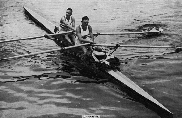 Thomas and Leathes of Harrods Rowing Club used Jack Beresford & Dick Southwood boat that had won the Berlin Olympics in 1936