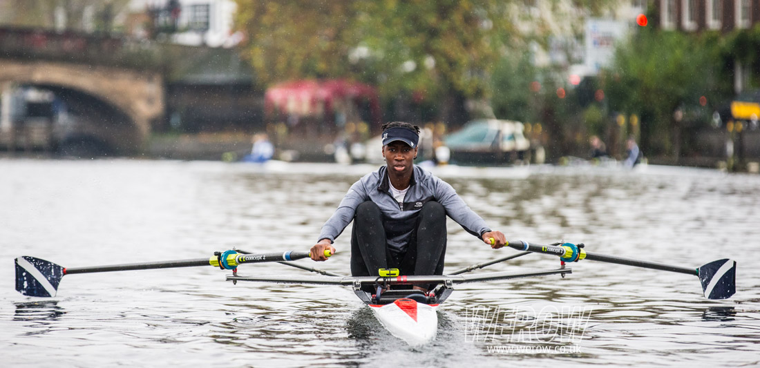 Julia Olawumi of Globe Rowing photographed at Henley Sculls by Angus Thomas.jpg