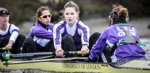 Issy Powell of University of London eyes up OUWBC on the Tideway.jpg