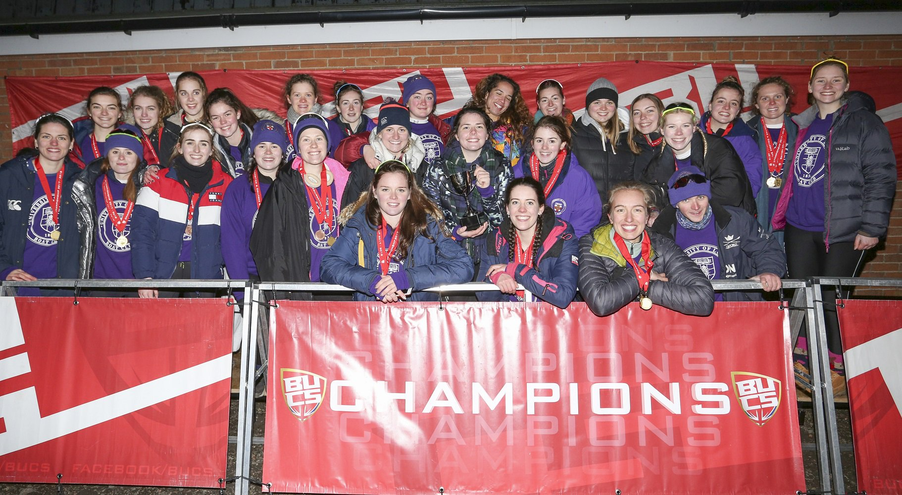University of London celebrate winning the women's Victor Ludorum at BUCS 2018