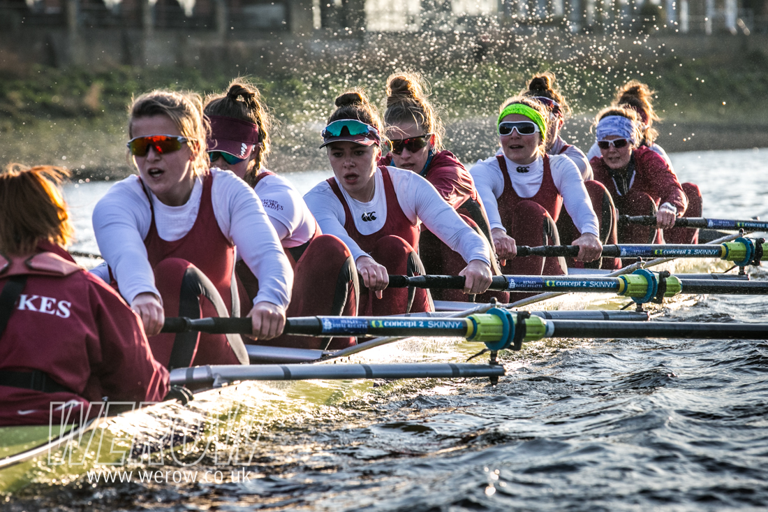 Brookes women on the Tideway for their Boat Race match with Oxford University