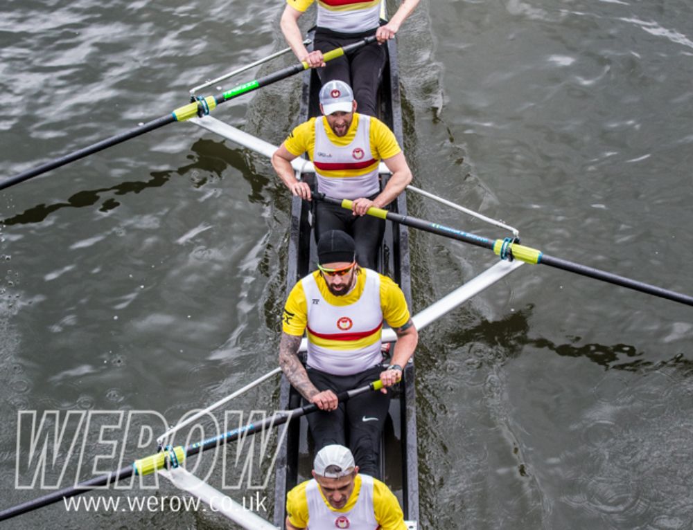 Veterans Head: Bradley Wiggins makes his Tideway rowing debut