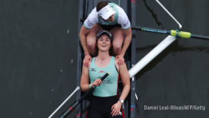 Thea Zabell of CUWBC at the end of the Boat Race