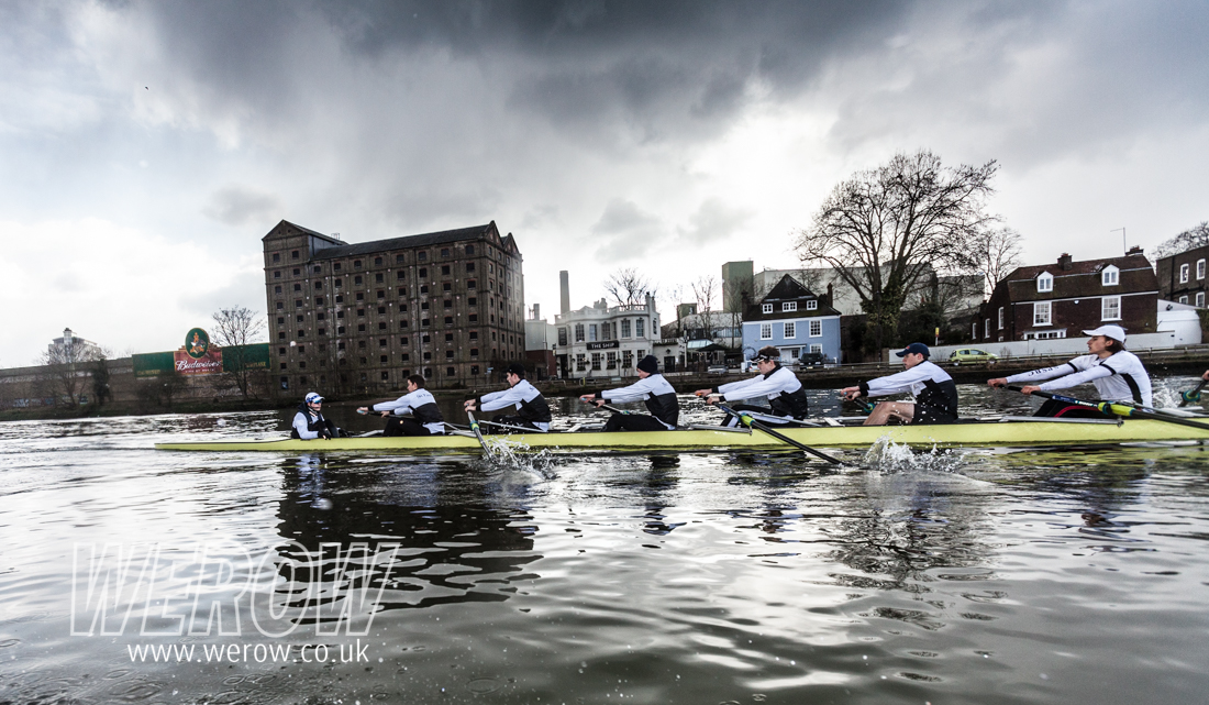 St Paul's School First eight passing Chiswick Brewery on the Tideway