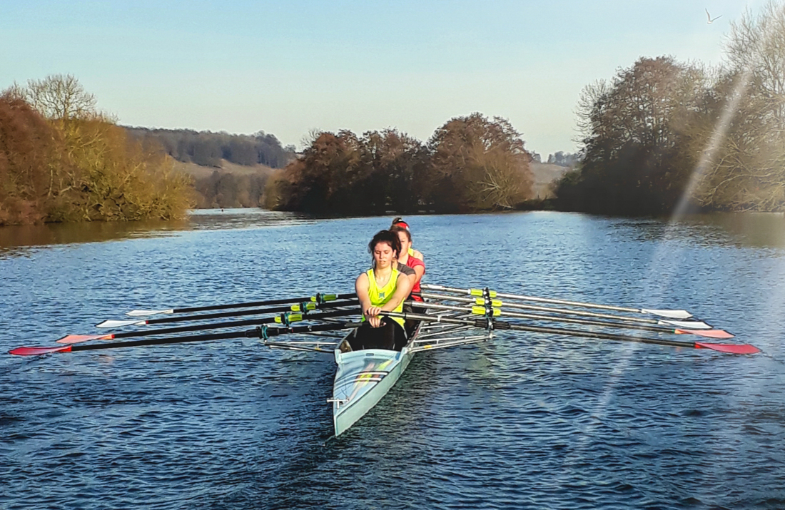 Thames Scullers on the idyllic Thames at Pangbourne