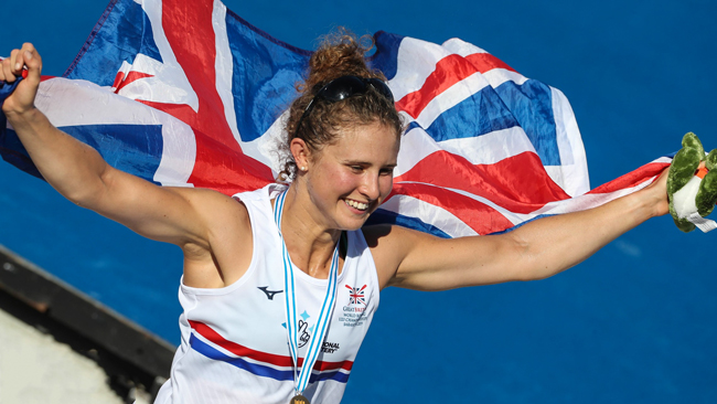 susannah duncan celebrates winning the lightweight women's single sculls at the U23 world rowing championships 2019 in sarasota